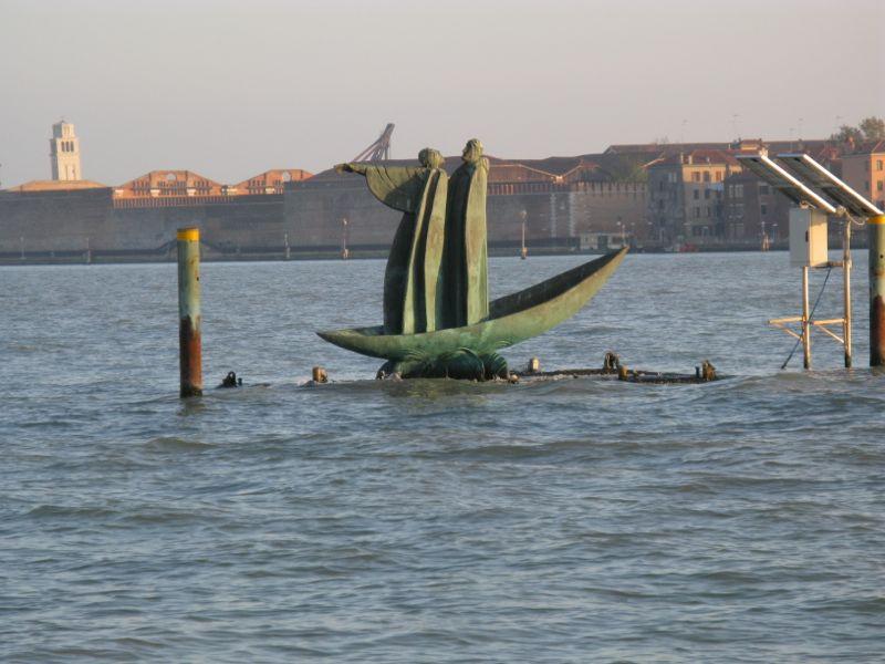 Sculpture Men in Boat