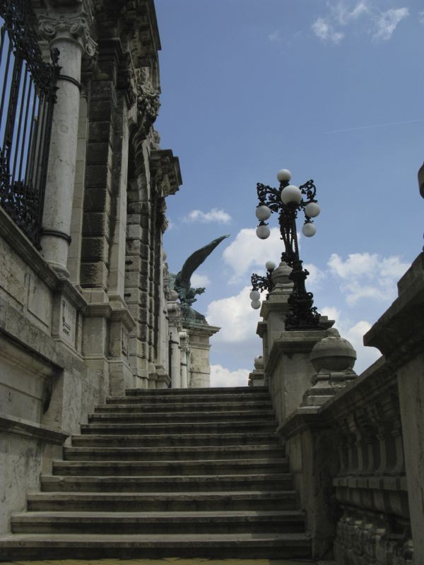 1Budapest_gate stairs