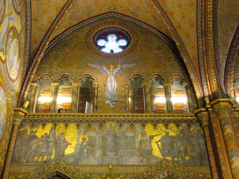 2Budapest_cathedral12b