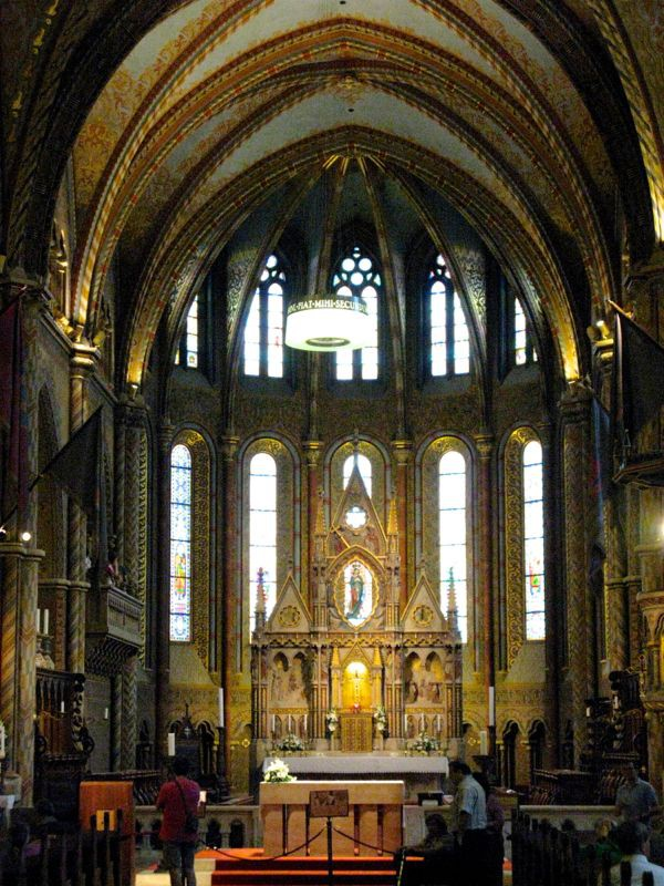 2Budapest_cathedral12e