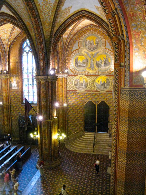 2Budapest_cathedral12l