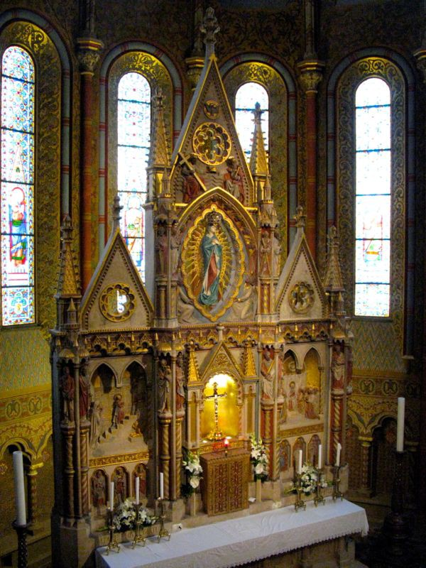 2Budapest_cathedral8 altar
