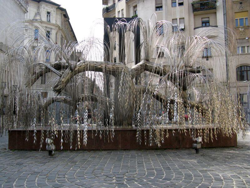 3Budapest_6 tree of life