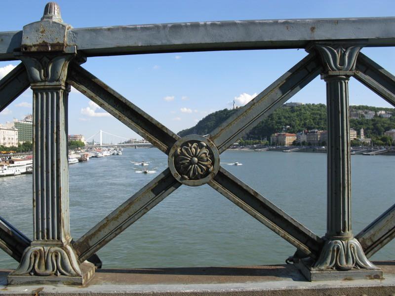 BudapestDay3_14Chain Bridge1