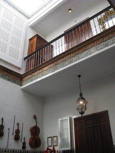 Sevilla Amadeus hotel door