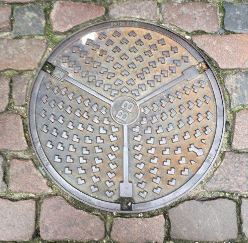 manhole cover scandinavia_9